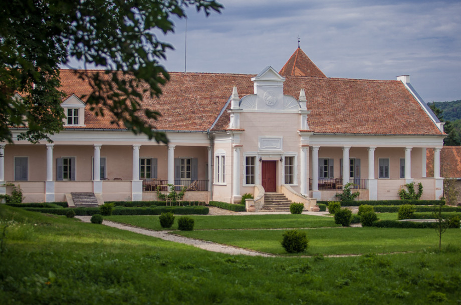 apafi-manor-malancrav