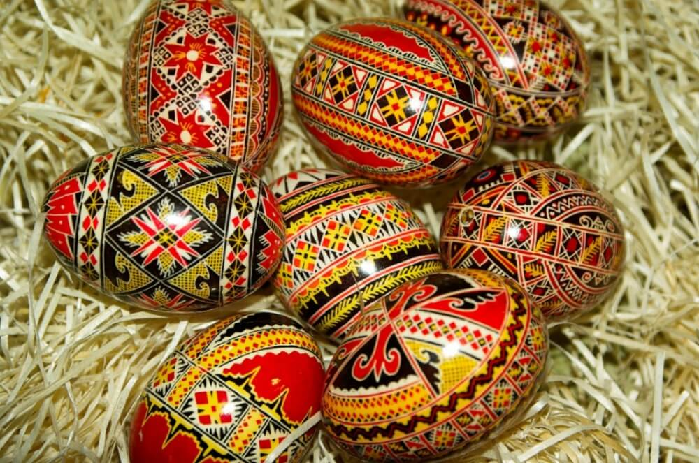 easter eggs romania