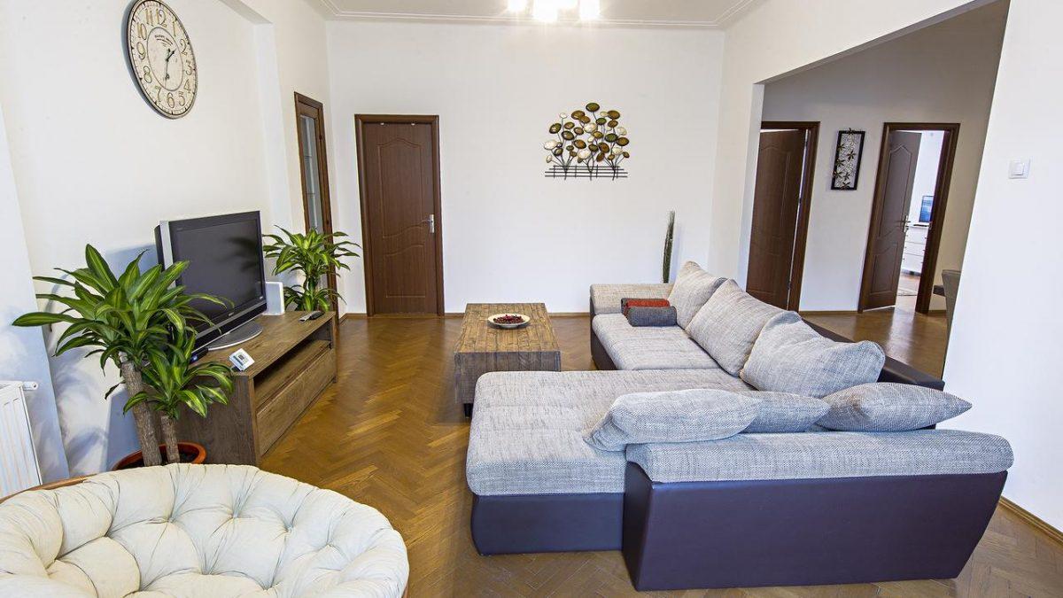 Athenee Residence 1
